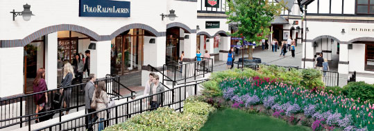 Cheshire Oaks retail outlet village